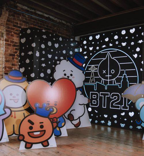 BT21 pop up store